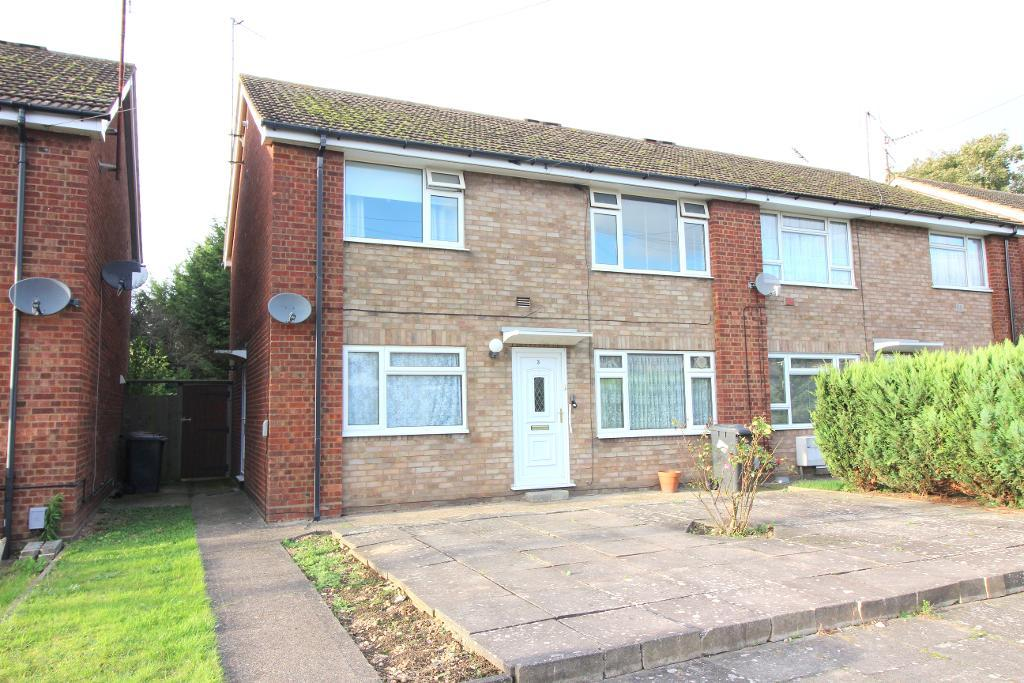 Canterbury Close, Luton, Bedfordshire, LU3 2QY