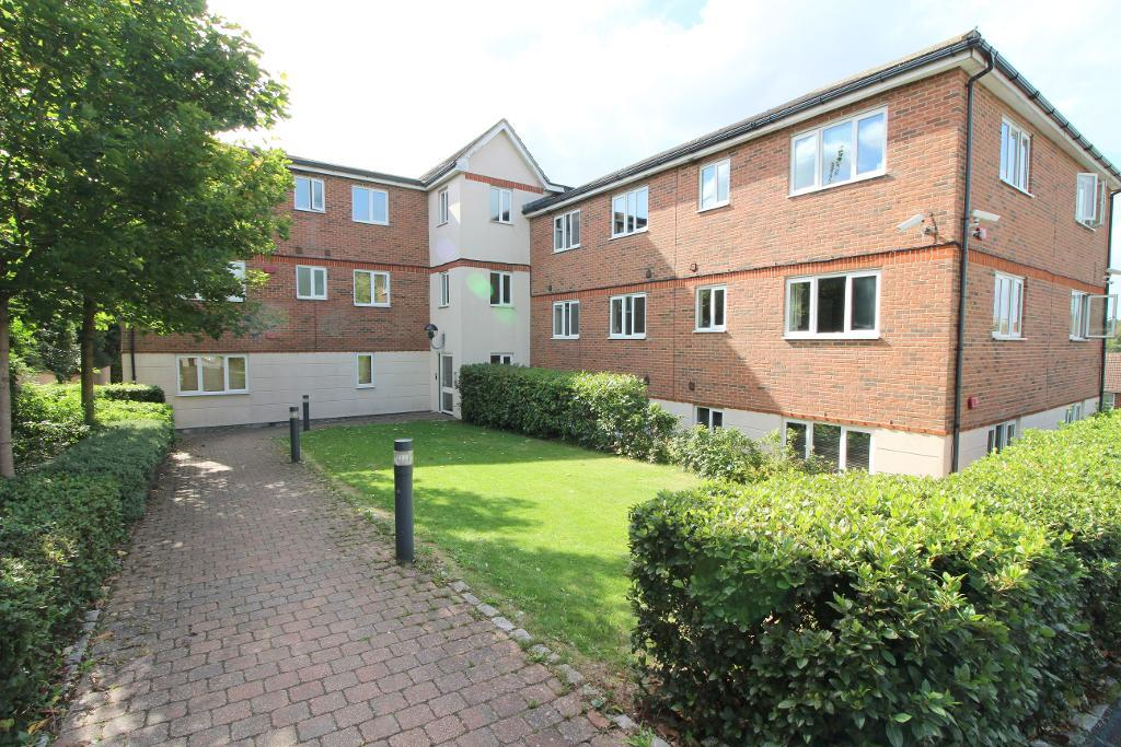 Treetop Close, Luton, Bedfordshire, LU2 0JZ