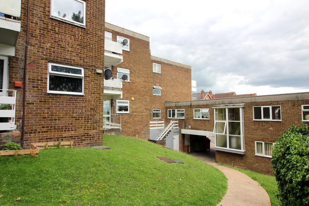 Havelock Rise, Luton, Bedfordshire, LU2 7YD
